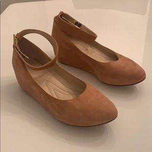 Chloe Tan Suede wedge pumps with ankle strap!